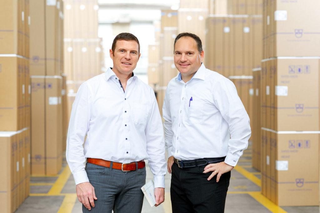 Andreas Albrecht und Adrian Bachmann Leiter Produktion und Leiter Entwicklung V-ZUG Kühltechnik AG