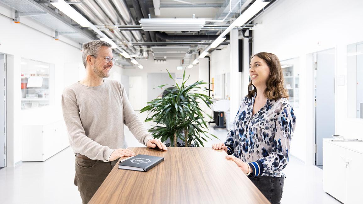 V-ZUG - Johanna Seifried und Ueli Frey über die Excellence Line